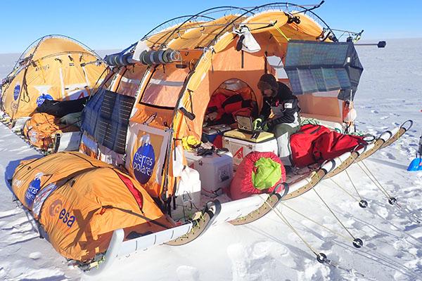 Panasonic - Trineo de Viento - Antartida